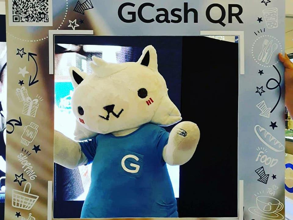 GCash #GDay Offers Early Xmas Treat At Ayala Center Cebu and Ayala