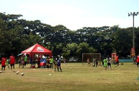 Young Davaoenos Get a Chance to Join World-Class Football Camps in Malaysia, Europe Via Astro, Globe Tie Up
